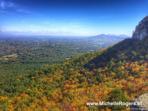 A beautiful autumn hike at Pilot Mountain State Park