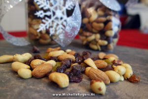 Homemade trail mix is easy DIY gift, healthy snack