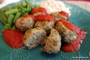 VIDEO: How to make healthy, yummy turkey meatballs