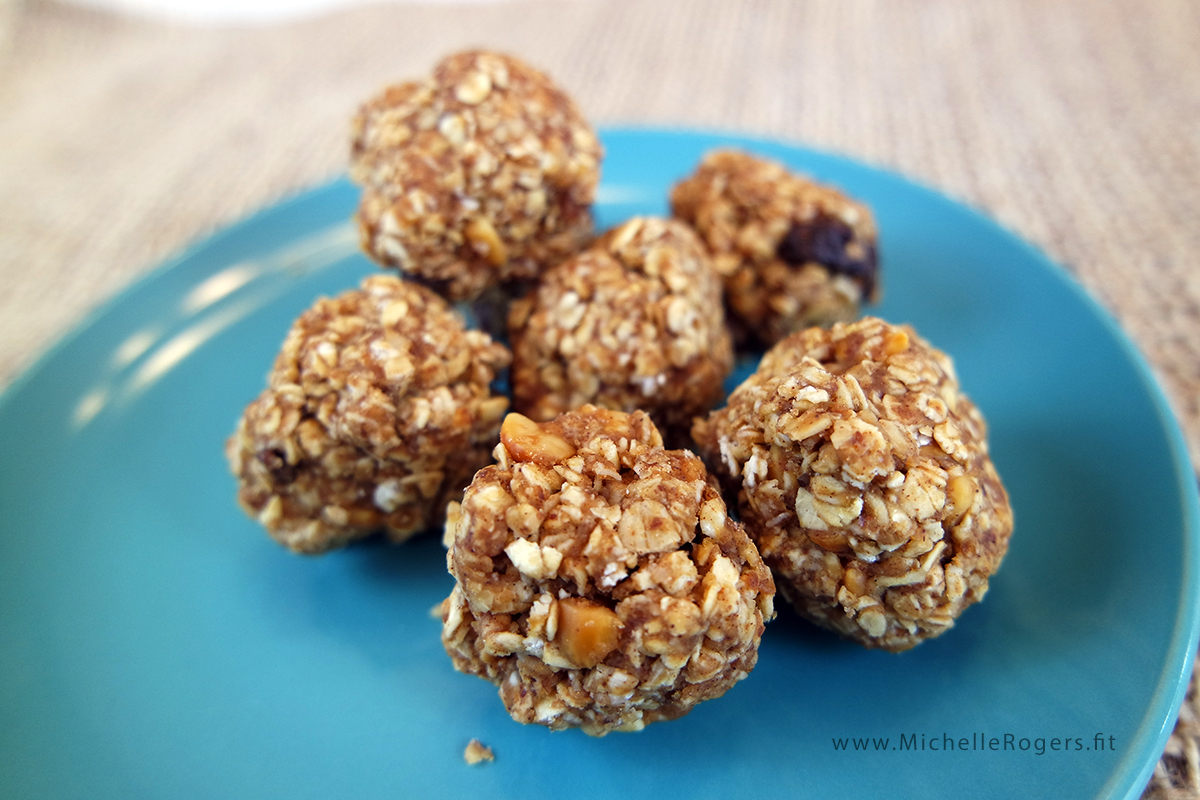 Energizing Oatmeal Bites - Michelle Rogers Healthy Living